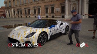 Středeční Autosalon rozčechrá vlasy na motorce i v kabriu. Seznámí s úžasným Maserati MC20