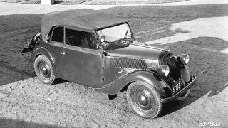 Po sérii 35 roadsterů Škoda Popular z roku 1935 ná