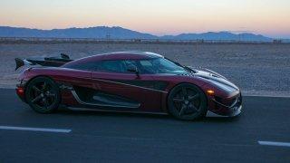 Světový rekord! Koenigsegg Agera RS vládne. Jede přes 450 km/h