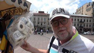 Fotr na tripu 06: Ukrajinci vedou válku pomocí toaletního papíru