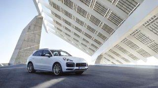 Porsche rozšiřuje nabídku hybridních vozů o Cayenne E-Hybrid