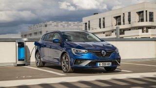 Renault, Kia i VW uvádějí na český trh novinky. Zbystřit by měli zájemci o kombi, SUV i levný vůz