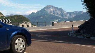 V zahraničí se můžete setkat i s kuriozitami v pravidlech silničního provozu