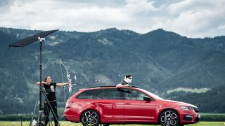 Škoda Octavia RS versus vystřelený šíp