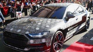 Audi A8 čtvrté generace 6