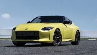 """Legendární řada Nissanu """"Z"""" neumírá. Po 12 letech spatřil světlo světa koncept označovaný Z Proto"""