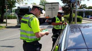 Pozor, policie! Čeští řidiči už mají vlastní aplikaci, která je upozorňuje na kontroly