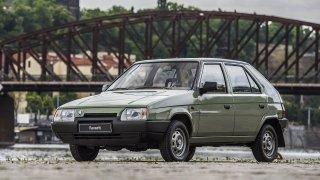 Nová auta byla za komunistů drahá. Favorit stál po přepočtu jako dnes BMW 318i, daewoo jako dům