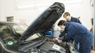 Tohle jsou nejméně spolehlivé tříleté ojetiny: Nevede se Dacii, potíže má i Ford nebo Volkswagen