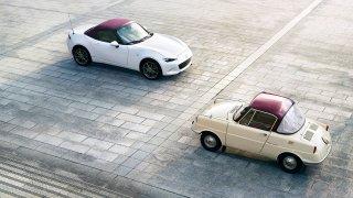 Mazda 100