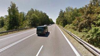 Na přetížených českých silnicích přibudou pruhy na