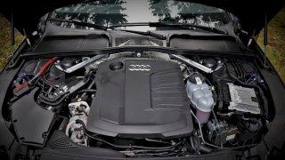 Audi A4 limuzína