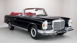 Krásný Mercedes-Benz 280 SE stojí víc než superspo