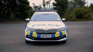 Novozélandská policie mění vozový park a je unešená Škodou Superb. Že by si vzpomněli na Trekku?