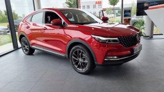 Čínská auta míří do Česka. Dongfeng má konkurenta Škody Kodiaq i elektrické SUV