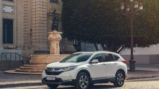 Honda v Paříži uvede na trh sériovou verzi modelu CR-V Hybrid