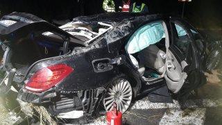 Neměl řidičák ani na skútr, v sedmnácti u Kolína havaroval s Mercedesem třídy S. Teď je mrtvý