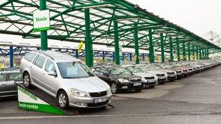 Autobazary jsou nucené prodávat auta pod cenou. To se ale změní, odborníci očekávají zdražení ojetin