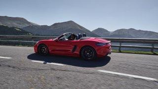 Porsche odhalilo modely 718 GTS. Přiostřený Boxster i Cayman