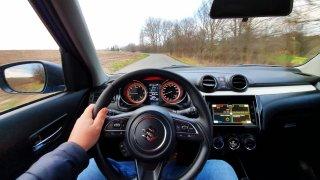 Jízda, řidič, volant, ilustrační foto