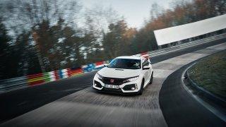 Nejrychlejší předokolka je Civic Type R - Obrázek