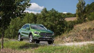 Mercedes-Benz GLA jezdí jistě a pohodlně. 1