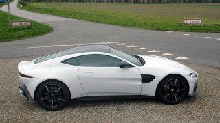 Aston Martin Vantage – Exteriér 2