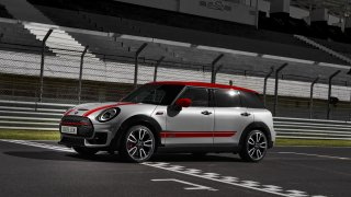 MINI John Cooper Works Clubman 10