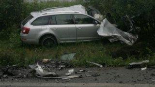 Holčičce, které řidič BMW zabil rodiče, se lidé skládají na lepší život. Táta byl řidič kamiónu