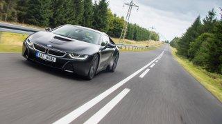 Působivé BMW i8 Protonic Frozen s matně černým lak
