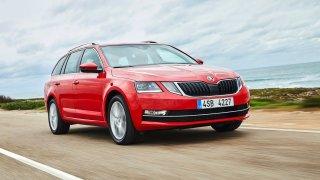Škoda Octavia patří mezi nejprodávanější auta světa. Podívejte se, které vozy jsou ještě úspěšnější