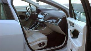 Jaguar I-Pace interier  3