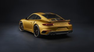 Zlaté Porsche 911 Turbo S Exclusive 1