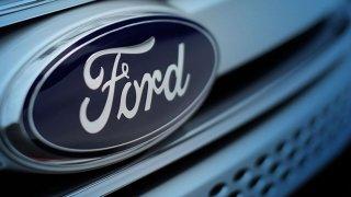 Ford chystá inovovaný model Mondeo Hybrid, poprvé i ve verzi kombi