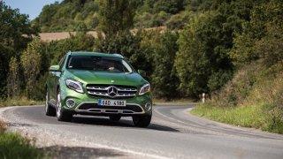 Mercedes-Benz GLA jezdí jistě a pohodlně. 4