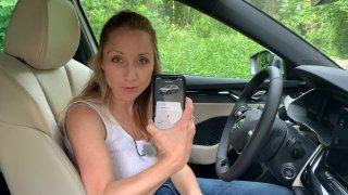 Nová mobilní aplikace Škoda Connect umí spoustu věcí. Může se stát i zbraní v rukou žárlivé manželky
