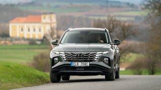 Hyundai Tucson se stal nejlevnějším rodinným SUV do zásuvky. Ceny zná už také elektromobil Ioniq 5