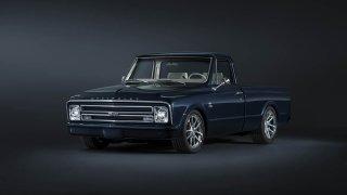 Chevrolet perfektně zrestauroval model C-10 z roku