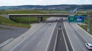Na pražském okruhu se chystá nové měření rychlosti. Zvládne rozpoznat osobní a nákladní auto