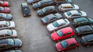 U mladého auta pozor na DPH. U staršího se platí eko daň. Rady zájemcům o dovoz ojetiny ze zahraničí