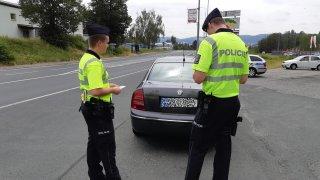 Majitel vozidla nezaplatil pokutu. Policie chce pravomoc v tomto případě zabavit registrační značky