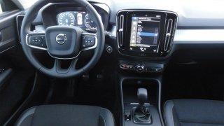 Volvo XC40 interiér 2