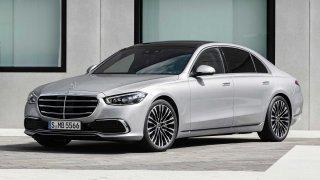 Dubnovou hvězdou na českém trhu se stal Mercedes-Benz. Silně se naopak propadl prodej dacií
