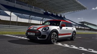 MINI John Cooper Works Clubman 5