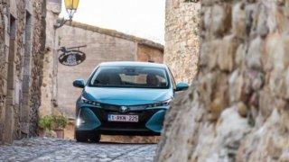 Hybrid ujel v městském provozu většinu cesty jen na elektřinu