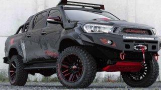 Toyota se chystá do bojové arény. Připravuje se limitovaná edice Hilux Gladiator.