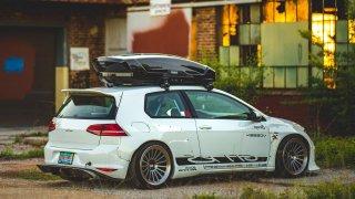 Odvážně střelený Volkswagen Golf GTI RS.