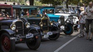 Průměrný majitel historického auta v Česku za něj ročně utratí přes 60 tisíc. Neujede ani 800 km