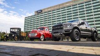 Praotec všech pickupů. Ford Model TT slaví 100 let
