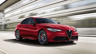 Ještě více sportu - Alfa Romeo Giulia Veloce Ti